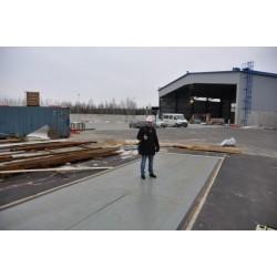 Steel platform truck scales 18m.