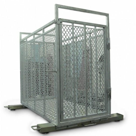 Cattle platform scales with crate